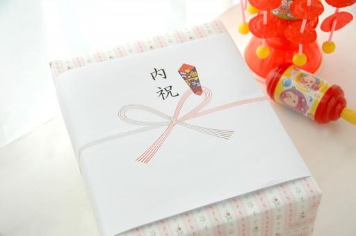 結婚祝いのお礼は何を送る?内祝いのマナーとおすすめ商品3種類